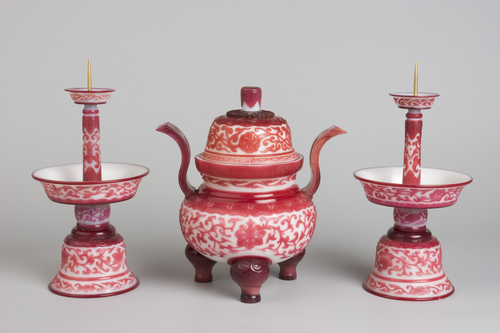 Teaching History with 100 Objects -A Qing dynasty altar set